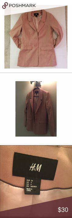 H&M Women's Blazer Stylish slim fit blazer. No visible defects. See photo for inner lining tear. H&M Jackets & Coats Blazers