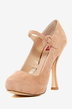 DV by Dolce Vita Pippi Pump These shoes are to die for!