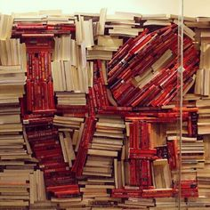 Love (2012). Window display of (uncredited) bookshop. A clever tribute to Robert Indiana. [ #books #installation ]