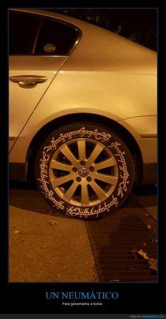 El señor de los neumáticos - Para gobernarlos a todos   Gracias a http://www.cuantarazon.com/   Si quieres leer la noticia completa visita: http://www.skylight-imagen.com/el-senor-de-los-neumaticos-para-gobernarlos-a-todos/