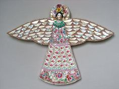 another one of Rah-Rivers's mosaic art angels.