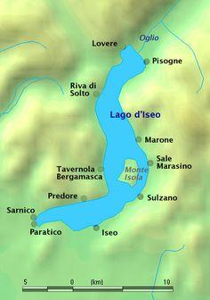 Lombardia - Lago d'Iseo (a sinistra sponda bergamasca, a destra quella bresciana)