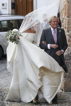 Lady Charlotte Wellesley is married! The British royal tied the knot with financier Alejandro Santo Domingo on Saturday in Illora, Spain. The bride — Royal Wedding Gowns, Royal Weddings, Dream Wedding Dresses, Wedding Bride, Bridal Gowns, British Wedding Dresses, Lady Charlotte Wellesley, Wedding Fail, Spanish Wedding