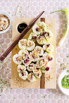 Crunchy beet and sprout sushi