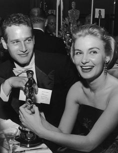 Joanne Woodward and Paul Newman: A Love Story in Pictures Woodward Academy, Paul Newman Joanne Woodward, Best Actress Oscar, Academy Award Winners, Academy Awards, Most Beautiful Man, Life Magazine, Movie Stars, Love Story