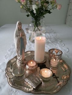 Trust your heart if the seas catch fire. Home Altar Catholic, Catholic Prayers, Roman Catholic, Blessed Mother Mary, Blessed Virgin Mary, Divine Mother, Prayer Corner, Religion, Meditation Space