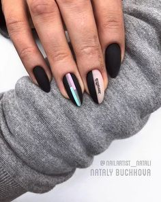 Matte nails should absolutely be at the top of your list for your next trip to the salon. As well as being on-trend they are also sleek, sophisticated and a more subtle option for professional babes. New Nail Art, Cool Nail Art, Fun Nails, Pretty Nails, Romantic Nails, Different Nail Designs, Star Nails, Instagram Nails, Rainbow Nails