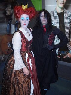 bing images of alice in wonderland costumes | The Red Queen & The Knave Of Hearts