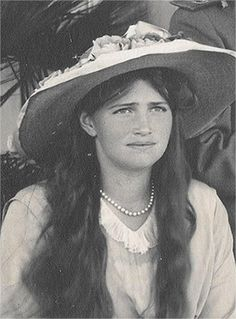 Grand Duchess Maria Romanov during a visit to Romania, 1914