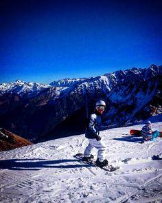 Ya tocaba  #snow #nieve #montaña #cauterets #ski #lifestyle #landscape #france #francia #mountain #sport #life #like #likes #likeforlike #like4like #instamoment #picoftheday #igramers #instagram #instapic #sogood by sergio.sre