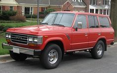 A 1977 FJ60 Toyota Land Cruiser Wagon