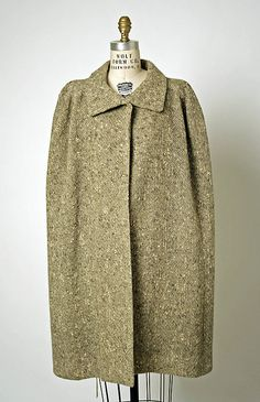 Cape, Cristobal Balenciaga (Spanish, 1895–1972) for the House of Balenciaga (French, founded 1937): ca. 1956, French, wool.