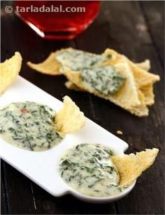 Spinach and walnuts come together with nutmeg and garlic in this rich dip, which tastes excellent with cheesy bread strips. Stir Fry Spinach, Healthy Spinach Dip, Fried Spinach, Healthy Potatoes, Healthy Vegetable Recipes, Spinach Recipes, Dip Recipes, Indian Food Recipes, Cooking Recipes