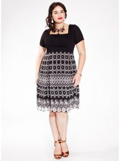 Hayleigh Plus Size Dress in Noir Lace