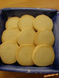 Máslové sušenky....lahodné lepší než z obchodu příprava jednoduchá nakrájíte váleček