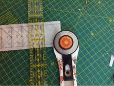 Coser y Coser Patchwork: Tutorial Vuelo de la Oca. Beats Headphones, In Ear Headphones, Love Sewing, Diy, Blog, Ideas, Quilting Patterns, Little Things, Coin Purses