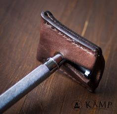 Safety razor leather sheath cover case by KampLeatherwork on Etsy