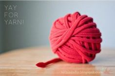 6 tutorials - How to make your own yarn: T-shirt, denim, plan, sheets, recycle a sweater, & panty hose!