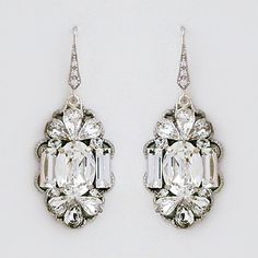 Wedding Earrings Deco Glam Bridal Chandelier Earrings - Statement crystal chandelier earrings that reflect the shapes and mood of Art Deco.Large oval crystal is bordered with a pair of rectangular crystals and a spray of teardrop crystals above Bridal Accessories, Wedding Jewelry, Chandelier Earrings, Bubble Chandelier, Crystal Earrings, Wedding Earrings, Jewelry Design, Jewelry Ideas, Unique Jewelry