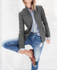 Stylish Winter Outfits with Blazer Inspiration 13