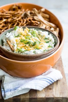 Beer cheese and ranch come together in this genius pub-style dip that takes just minutes to make and is a must-have at any party. It doesn't matter if you're on team pretzel or team chip everyone's a winner with this amazing dip. Cheese Dip Recipes, Easy Dinner Recipes, New Recipes, Snack Recipes, Favorite Recipes, Easy Meals, Party Recipes, Amazing Recipes