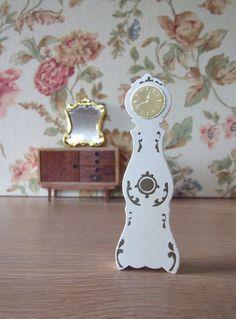 Miniatura para casa de muñecas Mora Clocka// por tiendanordica, $11.00
