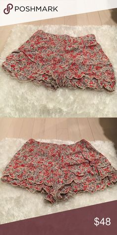 Floral Free People shorts In great condition! Free People Shorts