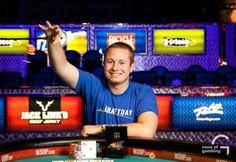 Брайана Хастингса обвинили в мультиаккаунтинге.  Известный игрок в покер Брайан Хастингс (Brian Hastings), которому на 2015 WSOP уже удалось выиграть два браслета, обвиняется другими профессиональными игроками в мультиаккаунтинге.
