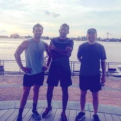 These guys sweat it out on the Mississippi River this morning and kicked the week off to a great start! We need some ladies up in here! Make a reservation now! #getsweaty #getsocial #getactive #fitness #travelfit #intervaltraining #followyournola #showmeyournola #theresnoplacelikenola #frenchquarter #nola #instafitness #instatravel #thesweatsocial by thesweatsocial