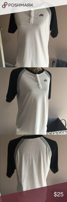 """Nike young men's 3/4"""" sleeve t-shirt, size small Nike young men's 3/4"""" sleeve t-shirt, size small. Has been worn 1 time and is in excellent shape. 3 button neck lime. Like new condition with no stains, tears or flaws. Nike Shirts Tees - Short Sleeve"""