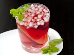 Pear and Cranberry Cocktail