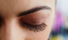 Einen schönen Wimpernaufschlag gefällig?  Wimpernverlängerung mit bis zu 80 Wimpern pro Auge, optional mit Refill 39,90€