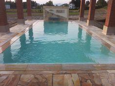 Überlaufbecken von Pool Oase nahe Wiener Neustadt Pools, Outdoor Decor, Gardening, Swimming Pools, Ponds, Water Feature