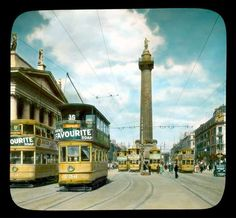 Dublin: O'Connell Street, with Nelson's Pillar [destroyed :: Branson DeCou Digital Archive Dublin Ireland, Ireland Travel, Old Pictures, Old Photos, Wonderful Places, Beautiful Places, Images Of Ireland, Irish Culture, Dublin City