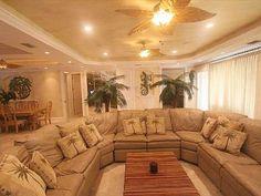 Summerland Key house rental - Large Leather Sectional and Sleeper sofa