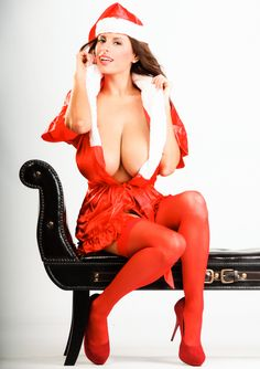 Merry Xmas with all-natural uber-hot 2busty bombshell Wendy Fiore - more at her personal page http://bit.ly/wendy4fiore