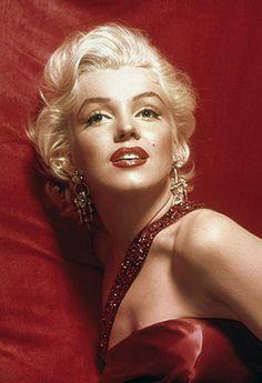Marilyn..... Per chi vuole condividere con me..... Per chi vuole scambiare pubblicità .... D come donna  https://www.facebook.com/pages/Quello-che-le-Donne-non-dicono/614754241961835?hc_location=timeline  https://www.facebook.com/pages/Il-Rifugio-Delle-Fate/1585375298359777