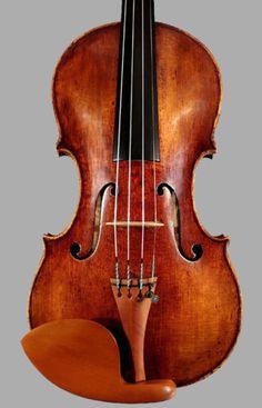 A-fine-old-Italian-violin-by-Alessandro-Mezzadri-1697