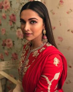 Deepika Ranveer's Italian Wedding just happened and here are some of the amazing wedding venue pictures for you all to see.