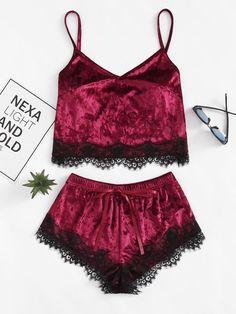 Shein Eyelash Lace Hem Cami Top & Shorts Pajama Set