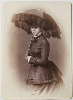 Young woman with parasol, carte de visite, U.S., c.1880
