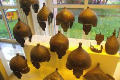 Capacetes gauleses. Museu de Arqueologia, em Mainz, Alemanha.  Fotografia: SBA73.