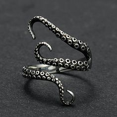 Vintage Titanium Steel Octopus Sea Monster Squid Kraken Punk Antique Ring Retro By PaPa's Bubble PaPa's Bubble http://www.amazon.com/dp/B01651K6M4/ref=cm_sw_r_pi_dp_wx.Hwb04K1CBR
