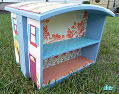 Two drawers become a doll house, another fantastic idea!