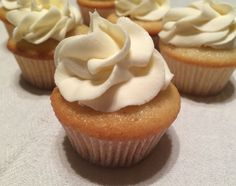 mini cupcakes: how to make (recipe, instructions, logical explanation for baking times!)