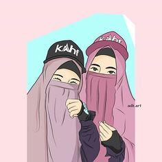 Mungkin memang jauh Aku tidak tau dimana rumahmu Aku tidak tau jelas suaramu Tapi aku tau kau selalu dekat Dekat di hati Dekat di dalam do'a Iya, aku berdo'a agar selalu ada aku didalam hatimu, Sahabat ❤ Couple Cartoon, Girl Cartoon, Cartoon Art, Bff Drawings, Drawings Of Friends, Muslim Girls, Muslim Women, Hijab Drawing, Islamic Cartoon