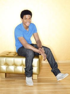 Just look at that smile! Oh, #TrevorJackson... #HotGuy