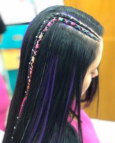 La imagen puede contener: una o varias personas y primer plano Bohemian Hairstyles, Girl Hairstyles, Braided Hairstyles, Mermaid School, Hippie Man, Hair Hacks, Short Hair Styles, Hair Care, Braids