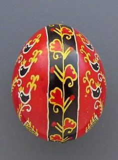 Pysanka-Real-Ukrainian-Easter-Egg-Quail-Shell-Colorful-Birds-and-Flower-P17