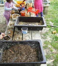 new booklet on making a mud kitchen  ::let the children play: